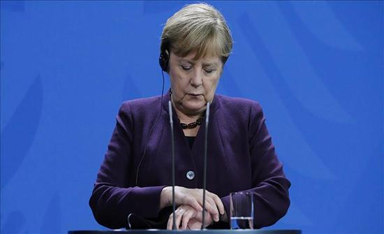 ميركل: نُخضع المرحّلين الألمان من تركيا لتقييمات أمنية