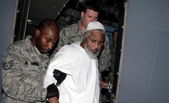 بعد إطلاق أوباما سراحه بسنوات .. وفاة كاتم أسرار بن لادن وحارسه الشخصي