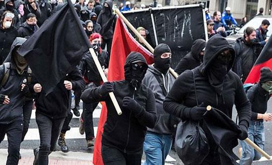 اتهامات لواشنطن بوست وبيزوس بالترويج لأنتيفا الإرهابية