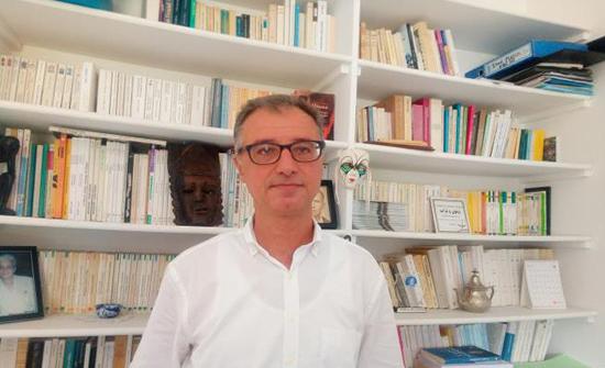 عماد الملّيتي: أن نتصالح مع العلوم الاجتماعية