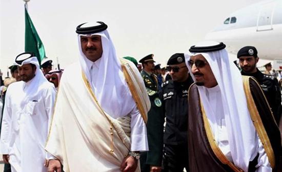 """وزير خارجية قطر يكشف عن مفاوضات """"إيجابية"""" مع السعودية"""