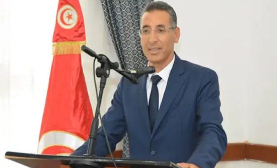 تونس.. إقالة وزير الداخلية من منصبه