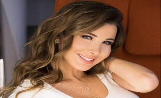 نانسي عجرم لجمهور الأردن : محبتكن دايما مرافقتني