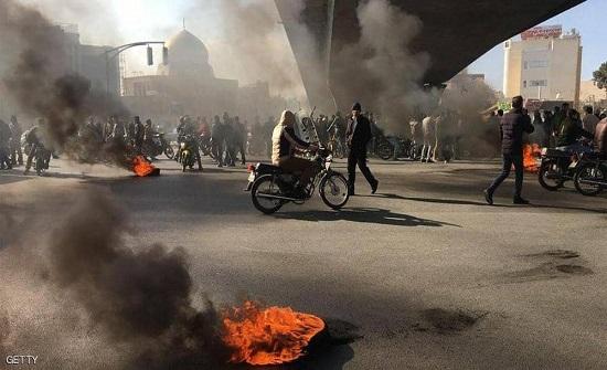 """قائد إيراني يتحدث عن """"معجزة"""" إخماد الاحتجاجات.. وصور تفضحه"""