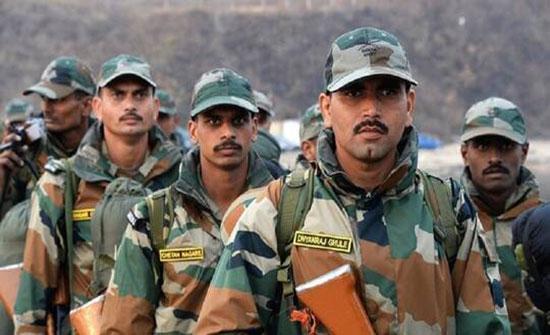 """مقتل ضابط وجنديين هنديين في """"مواجهة عنيفة"""" مع قوات صينية على الحدود بين البلدين"""
