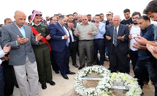 مندوبا عن الملك، العيسوي يشارك في تشييع جثمان المرحوم السفير أحمد الجرادات