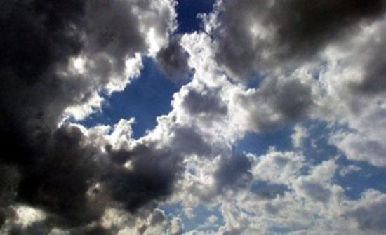 الجمعة : طقس لطيف وامطار محتملة شمال المملكة