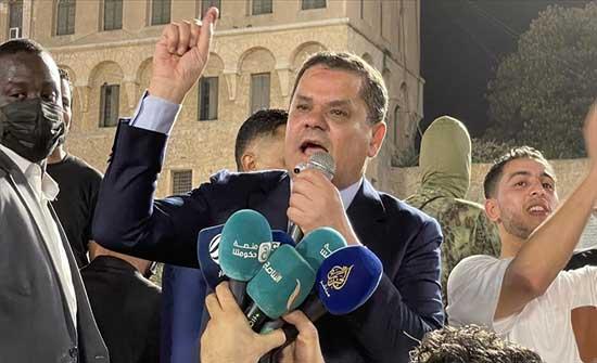 الدبيبة لمحتجين: البرلمان سيسقط حتما ولن يكون ممثلا لليبيين