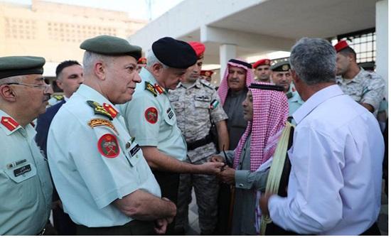 الحنيطي يزور المؤسسة الاستهلاكية العسكرية ومدينة الحسين الطبية