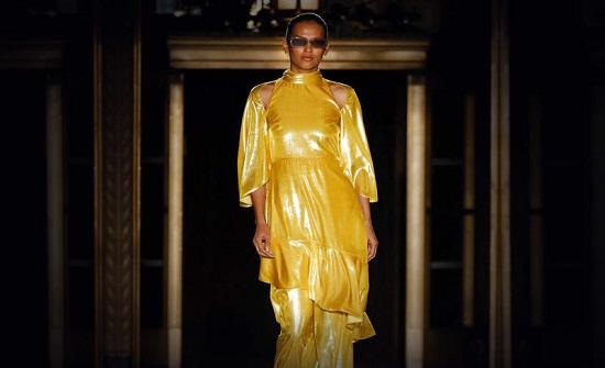 صيحة الميتاليك الأكثر رواجاً ضمن عروض أزياء ربيع 2020..صور