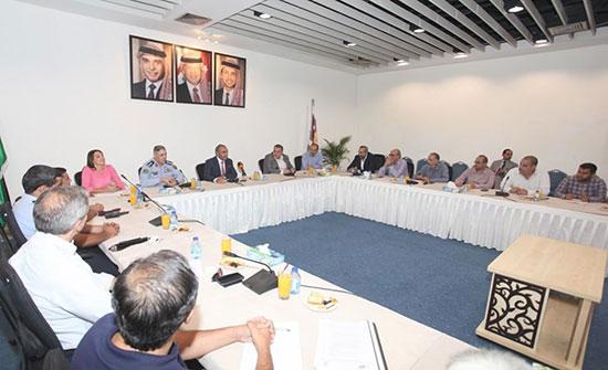 إجتماع تنسيقي لبحث التحويلات المرورية لمشروع شارع الشريف ناصر بن جميل