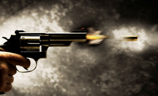 الرصيفة : مواطن يقتل زوجته وابنه رميا بالرصاص