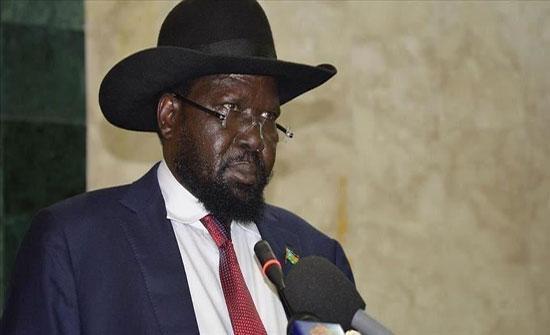 سلفاكير يدعو الحكومة والحركات المسلحة السودانية بالعمل لوقف الحرب
