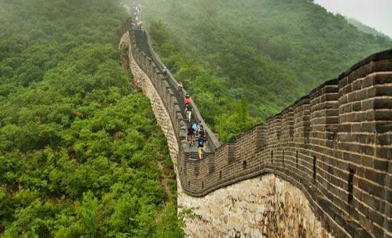كيف تم بناء سور الصين العظيم واسباب بنائه صور المدينة نيوز