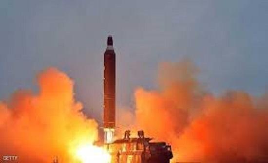 كوريا الشمالية : إختبار ناجح لراجمات صواريخ ضخمة