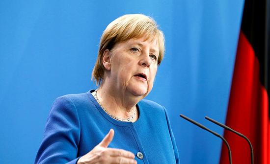 ميركل: على الاتحاد الاوروبي البقاء متحدا حيال خطة لندن الجديدة بشأن بريكست