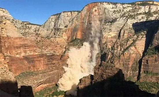 شاهد : حين يتفتت الجبل.. فيديو الصدفة يحبس الأنفاس في امريكا