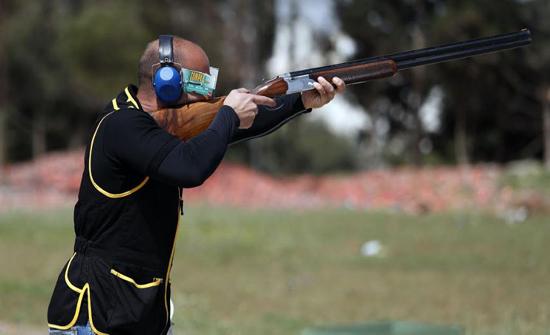 40 راميا ورامية يشاركون ببطولة الاستقلال للرماية