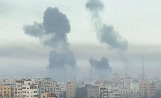 طائرات الاحتلال تقصف كلية للشرطة في غزة