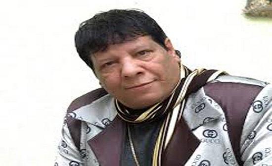 شاهد: الفنان شعبان عبدالرحيم يحيي حفلاً على كرسي متحرك في الرياض