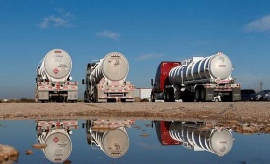 مخاوف من موجة كورونا ثانية والمخزونات تدفعان النفط للتراجع