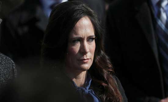"""""""الرئيس دعاها إلى المقصورة"""".. من جديد أسرار البيت الأبيض دون ستار"""