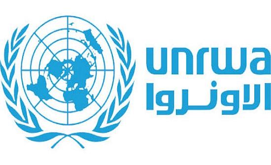 الأونروا توزع مساعدات على اللاجئين الفلسطينيين في لبنان