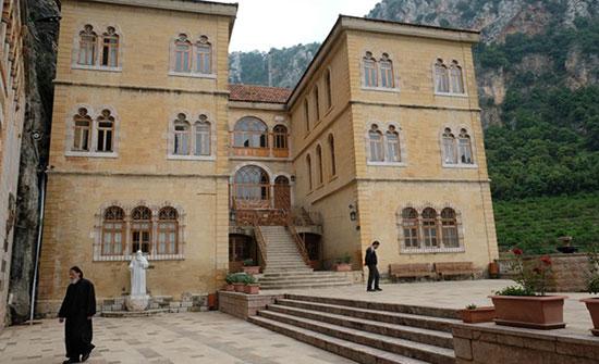 القضاء اللبناني يوقف راهبتين بتهم تحرش واتجار بالأطفال