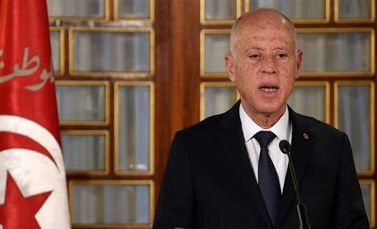 الرئيس التونسى يقيل مدير التليفزيون الوطني ويشكل غرفة عمليات لمجابهة كورونا