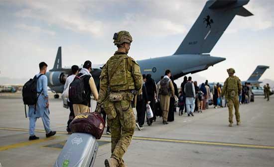 """""""طالبان حمت أمريكيين من هجوم محتمل"""".. وسائل إعلام أمريكية: اتفاق سري بينهما جعل التنسيق أعلى مما أُعلِن"""