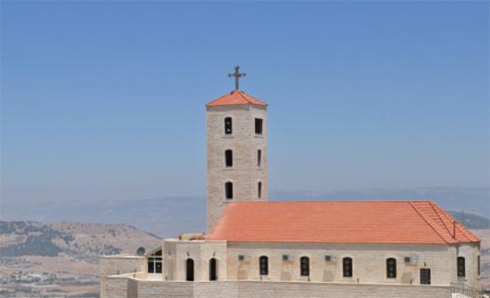 الكنائس التي تسير حسب التقويم الغربي في فلسطين تحتفل بعيد الفصح