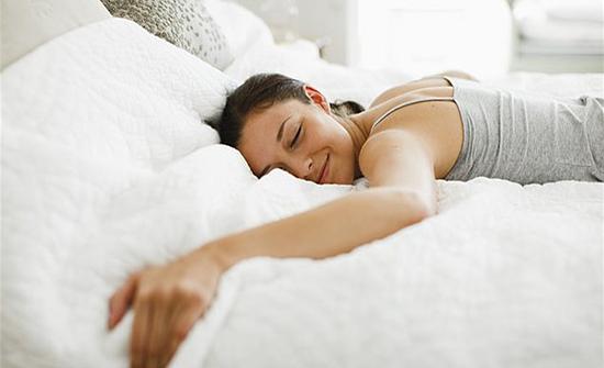 بين التفاؤل ونوعية النوم... دراسة تكشف رابطاً مميزاً