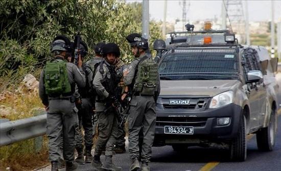 الشرطة الإسرائيلية تعتقل فلسطينية جنوبي الضفة الغربية