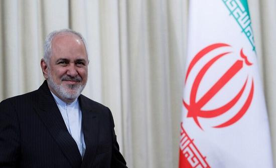 ظريف: العقوبات الأمريكية على إيران جعلتها بموقع أضعف في مكافحة كورونا