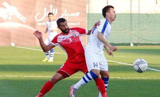 منتخبنا يختتم معسكره في دبي بالخسارة أمام أوزبكستان