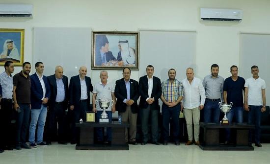 وفد من إدارة الاتحاد الأردني يزور  نادي الفيصلي ونادي الوحدات
