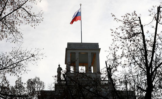 ألمانيا تطرد دبلوماسيين روسيين.. وموسكو تتوعد بالرد