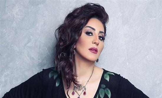 وفاء عامر متهمة بدهس سيدة و محاميها يوضح!