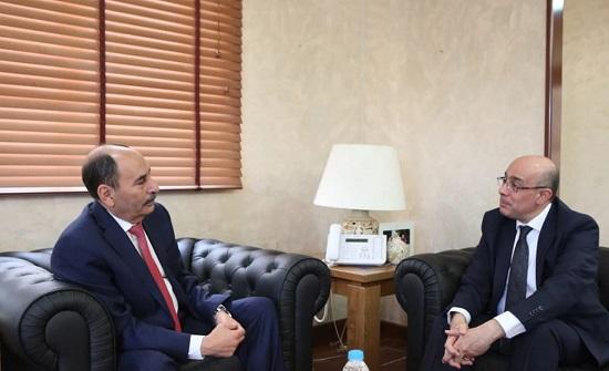 وزير الاشغال يلتقي السفير التونسي