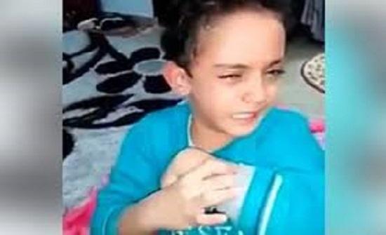 أم مصرية  تتلذذ بضرب ابنها وتصوره إنتقاماً من زوجها    شاهد