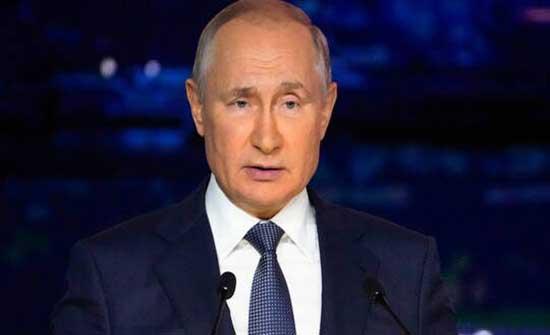 بوتين يدعو إلى عدم تسييس مسألة أصل فيروس كورونا ويدعو الى التعاون في مكافحته