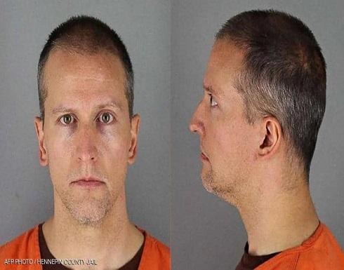 الشرطي المتهم بقتل جورج فلويد يرفض الإدلاء بشهادته
