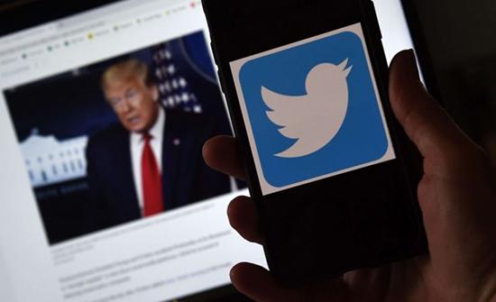 """تويتر يصنف تغريدة لترامب تحت """"سلوك مسيء"""""""
