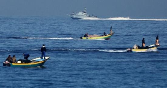 الاحتلال الاسرائيلي يغلق بحر غزة امام الصيادين