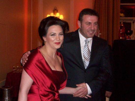 الممثل السوري وائل رمضان تفو ق زوجتي يسعدني المدينة نيوز