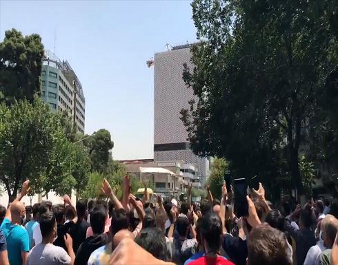 إيران.. تواصل الاحتجاجات ووفاة متظاهر أهوازي متأثرا بجراحه
