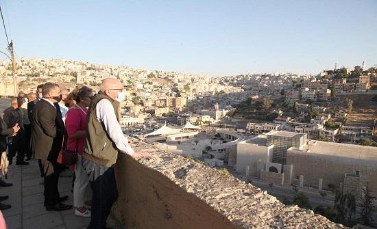 إطلاق مشروع حكايات عمان