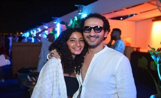 أحمد حلمي يدعم ابنته الكبرى في مشروعها الجديد