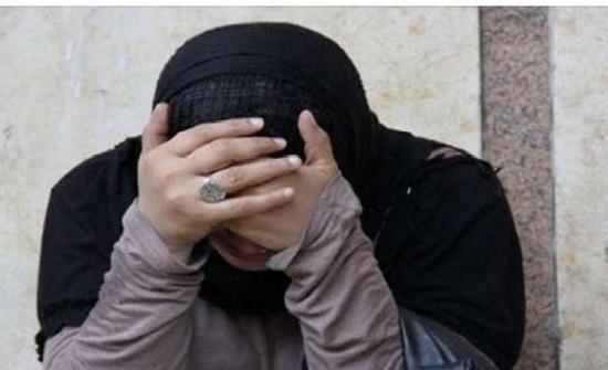 فتاة وزوجها يتخلصان من ابنهما بإلقائه في صندوق مخلفات في مصر