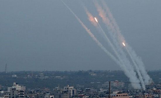 بالفيديو : الأجنحة العسكرية للفصائل الفلسطينية تنفذ رشقات صاروخية مشتركة تجاه إسرائيل